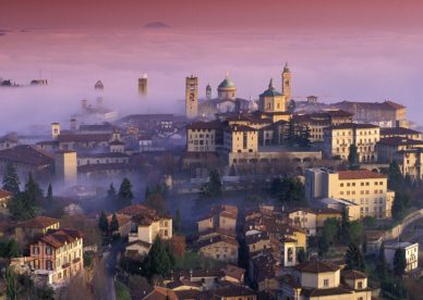 Bergamo, Lombardy, Italy HD+1600x900, UXGA 1600x1200 - HD Wallpapers Backgrounds Desktop, iphone & Android Free Download