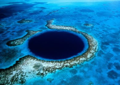Blue Hole, Lighthouse Reef, Belize HD+1600x900, UXGA 1600x1200 - HD Wallpapers Backgrounds Desktop, iphone & Android Free Download