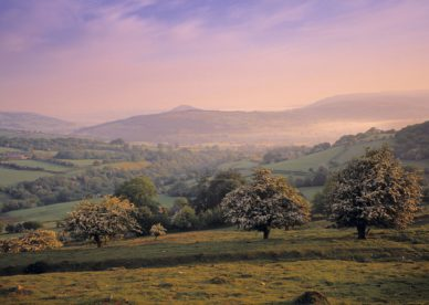 Brecon Beacons, Wales HD+1600x900, UXGA 1600x1200 - HD Wallpapers Backgrounds Desktop, iphone & Android Free Download